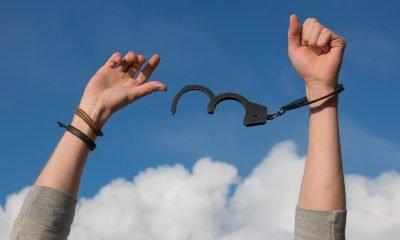 Handcuffs Free